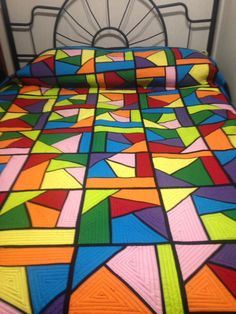 Світлина від Terri King Haun. Patchwork Blanket, Quilting Designs, Stained Glass, Quilts, Bed, Dressmaking, Stream Bed, Patch Quilt, Kilts