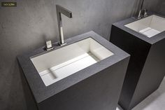 The ‪#‎Riverwashed‬ finish is characterized by a rough texture with great relief and depth. An optimal solution for flooring and cladding. Check out how Neolith ‪#‎NeroZimbabwe‬ dresses the bathrooms below with a touch of masculinity and sobriety. NEOLITH: Design, Durability, Versatility, Suistainability.