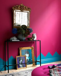 cool wall paint...want to try someone like this in the downstairs bathroom with Carnellian and white or very pale gray