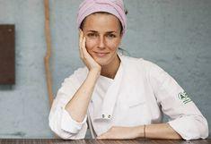 7 pihe-puha kevert sütemény egy óra alatt   Nosalty Helena Rizzo, Chefs, Chef Pictures, Sole Proprietorship, Corporate Portrait, People Poses, Le Chef, Photo Makeup, Pastry Chef
