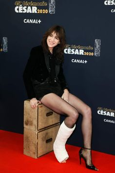 Charlotte Gainsbourg, Birkin, Louise Brooks, French Actress, Beautiful Actresses, Stars, Beauty, Female Actresses, Templates