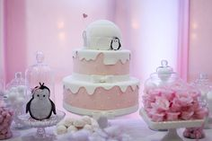 Penguin Birthday, Penguin Party, Baby Birthday Cakes, Girl First Birthday, Penguin Baby Showers, Winter Birthday, Baby Shower Themes, First Birthdays, Girl Parties