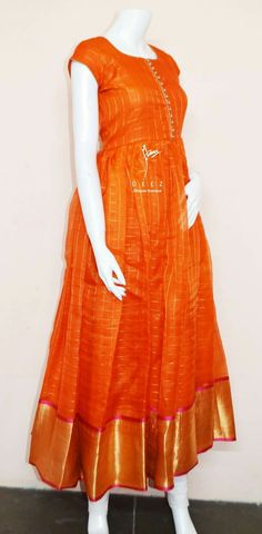 20 Interesting Ways To Re purpose Your Old Sarees into Gown - Style Your Wife Salwar Designs, Kurta Designs Women, Saree Blouse Designs, Long Gown Dress, Sari Dress, Designer Anarkali Dresses, Designer Dresses, Stylish Dresses, Fashion Dresses