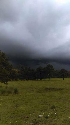 Se acerca la tormenta, sierra de Durango