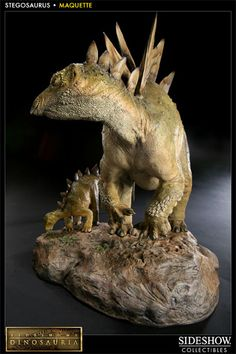 Sideshow Collectibles is proud to bring you the latest addition to the Sideshow's Dinosauria collectible line, the Stegosaurus Maquette. This dynamic maquette c