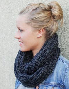 Simply Knitting, Easy Knitting, Knitting Socks, Knitting Websites, Knitting Blogs, Diy Scarf, Loop Scarf, Scarf Knit, Poncho Knitting Patterns