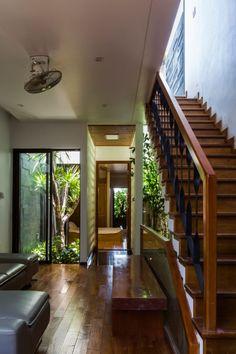 Ho Khue Architects Design a Garden House in Đà Nẵng Vietnam  ...