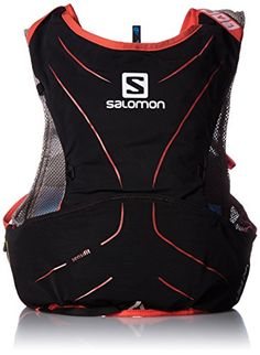 The Salomon S-Lab Advanced Skin 3 5 Set hydration pack is equipped to get elite runners safely through shorter endurance races. 30% lighter and with less binding than its predecessor this form-fittin...