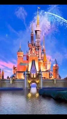 Disney Princess Movies, All Disney Princesses, Disney Princess Drawings, Disney Princess Pictures, Disney Drawings, Wallpaper Iphone Disney, Cute Disney Wallpaper, Image Princesse Disney, Modern Disney Characters