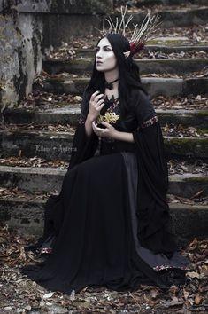Gothic Fashion, Victorian Fashion, Victorian Vampire, Elf Cosplay, Goth Model, Fantasy Photography, Shooting Photo, Festival Looks, Gothic Girls