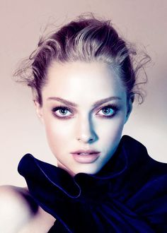 Amanda Seyfried for Clé de Peau Beauté Amanda Seyfried, Foto Face, Jenifer Lawrence, Most Beautiful, Beautiful Women, Beautiful Actresses, Pretty Face, Pretty People, American Actress