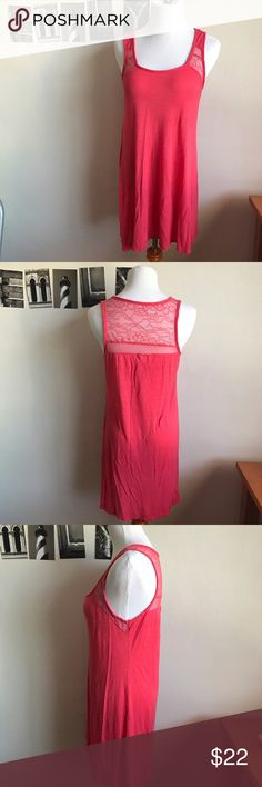 """Coral Nicole Miller tunic/coverup Very good condition. Thin, lightweight rayon/spandex material. Awesome to throw on for the beach or pool! Measures 31"""" from shoulder to bottom hem. Nicole Miller Dresses"""