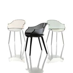 Designed by Marcel Wanders, the Magis Cyborg Armchair features a structure made of polycarbonate and a transparent back, creating an elegant low back dining chair inspired by the classical beauty of a wicker chair. Modern Spaces, Modern Room, Marcel, Shops, Contemporary Chairs, Futuristic Furniture, Italian Furniture, Take A Seat, Interior Design Studio