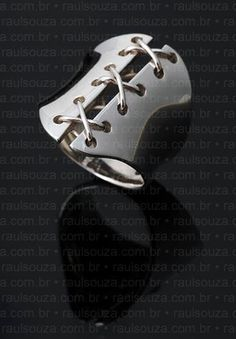 Corset Ring in Sterling Silver.