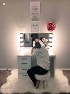Glamorous LED Lighting Hollywood Glam Mirror (FS) - Storage and Organization Cute Room Decor, Teen Room Decor, Bedroom Decor, Bedroom Ideas, Bedroom Designs, Beauty Room Decor, Light Bedroom, Bedroom Storage, Glam Mirror