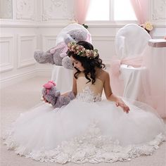 Find More Flower Girl Dresses Information about 2016 High End Custom Tulle Lace Flower Girl Dresses With Flowers Beaded Long Ball Gown Sleeveless Cute First Communion Dress,High Quality girls blue velvet dress,China girls dress wedding Suppliers, Cheap dress up lovely girls from Galaxy Wedding Dress Co., Ltd. on Aliexpress.com
