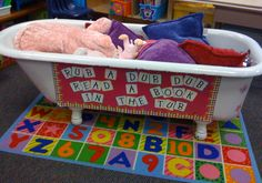 one of my elementary schools had a reading tub in the library, and i can't wait to have one in mine :)