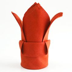 The Bishop's Hat napkin helps set the scene for a festive holiday dinner. Editor's Note: Napkins with decorative edges will form an accent crown on the points of the Bishop's Hat. Christmas Napkin Folding, Christmas Napkin Rings, Christmas Napkins, Folding Napkins For Thanksgiving, Cloth Napkin Folding, Cloth Napkins, Napkin Folding Crown, Paper Folding, Baby Cakes