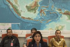 "Jakarta. The Indonesian government will not respond to a protest note sent by the Chinese government after the Navy fired warning shots at several Chinese fishing boats near the Natuna Islands in Riau Islands province, Vice President Jusuf Kalla said on Tuesday (21/06).  Kalla hinted that the government would instead provide a direct explanation to the Chinese representative in Indonesia.  ""It should be explained; [the protest note] should be answered. We will summon them to explain,"" Kalla"