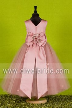Custom Made Beautiful Pink Flower Girls Dresses for Weddings 2016 Pretty Formal Girls Gowns Cute Satin Puffy Tulle Pageant Dress Spring Flower Girls, Pink Flower Girl Dresses, Tulle Flower Girl, Flower Ball, Pink Flowers, Tulle Ball Gown, Satin Tulle, Ball Dresses, Ball Gowns