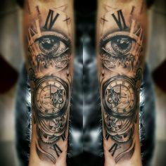 Bildergebnis für inner arm sleeve tattoos for women Trendy Tattoos, Unique Tattoos, Tattoos For Guys, Cool Tattoos, Arm Sleeve Tattoos For Women, Forearm Sleeve Tattoos, Diy Tattoo, Time Tattoos, Body Art Tattoos