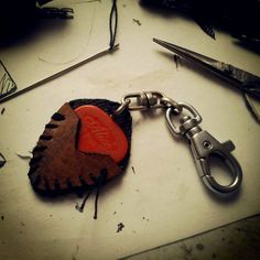 Leather Guitar Pick Holder #keychain #stitching