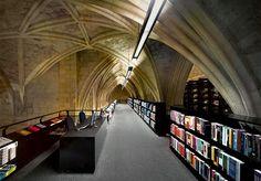 The Selexyz Dominicanen bookstore in Maastricht, Netherlands