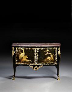 Commode d'époque Louis XV. Estampille de Léonard Boudin. Provenant des Collections du Duc de Penthièvre au Château d'Anet