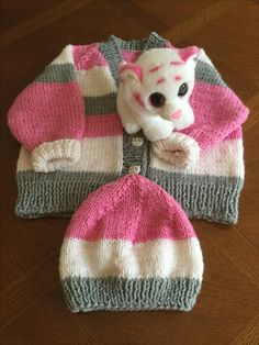 Knitting a Sweater from the Top Down Knitting For Kids, Loom Knitting, Knitting Stitches, Free Knitting, Knitting Projects, Baby Knitting, Crochet Projects, Crochet Baby Cardigan, Knit Or Crochet