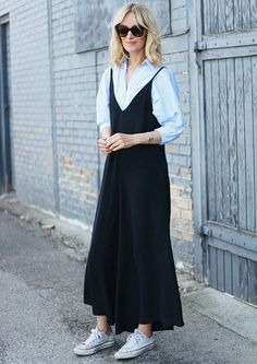 10 Fashion Bloggers Outfits That Really Prove Less Is More via @WhoWhatWearUK