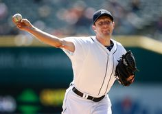 Max Scherzer takes the mound as the #Tigers host the Angels today at 1:08 ET on FOX Sports 1. Preview: http://atmlb.com/1i4qEgx