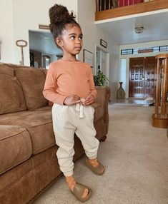Cute Black Babies, Beautiful Black Babies, Cute Baby Girl, Black Kids, Cute Babies, Cute Little Girls Outfits, Kids Outfits, Baby Girl Hairstyles, Cute Kids Fashion