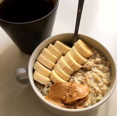 Uploaded by Vanja Ilić. Find images and videos about food and oatmeal on We Heart It - the app to get lost in what you love. Think Food, I Love Food, Good Food, Yummy Food, Kreative Desserts, Healthy Snacks, Healthy Recipes, Food Goals, Cafe Food