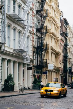 Cobblestoned streets in Soho New York ITCHBAN.com // Architecture, Living Space & Furniture Inspiration #06