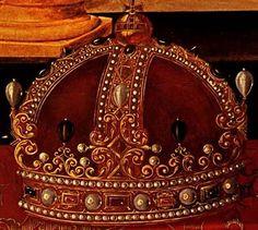 rosebiar:     A closeup of the crown from Queen Elizabeth I's Armada Portrait by George Gower. Lara E. Eakins.  (via beautifulsphere)