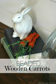 DIY Beaded Wooden Carrots ~ such a cute Easter Craft Bead Crafts, Diy And Crafts, Easter Table Decorations, Easter Decor, Easter Ideas, Spring Decorations, Light Up Canvas, Diy Plant Stand, Boho Diy