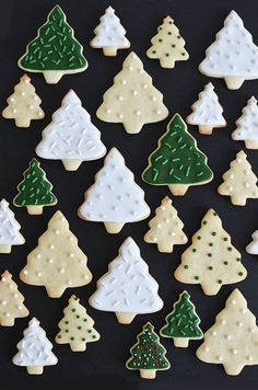 I made another holidayicing cookies using this recipe. You can see other holiday cookies I baked here and. Christmas Tree Cookies, Noel Christmas, Holiday Cookies, Christmas Desserts, Christmas Treats, All Things Christmas, Winter Christmas, Holiday Baking, Christmas Baking