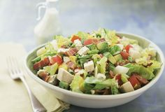 Enjoy a Low-Carb Chopped Salad Made With Chicken, Bacon, and Apple
