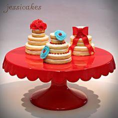 Fun little cakes!