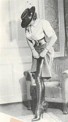 CHLOE VAN PARIS: Vintage Fashion | Vintage Boots
