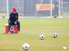 Jonny Evans sits out Manchester United's training session this morning