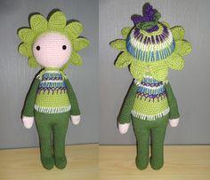 Amigurumi flower dol