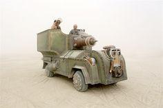 Image: Art car (© Scott London, http://www.scottlondon.com/burningman)