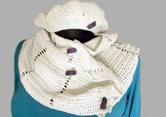 Spring white set - light shawl with a hat