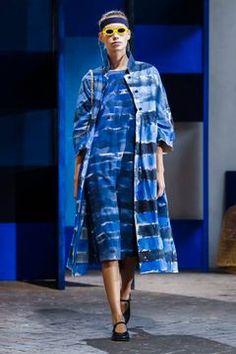 Daniela Gregis Ready To Wear Spring Summer 2018 Milan - NOWFASHION Runway Fashion, Fashion News, Latest Fashion, Fashion Show, Spring Summer 2018, Donna Karan, Live Fashion, Versace, Milan
