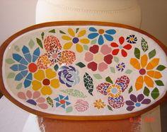 Gamelas em madeira com mosaico