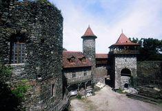 Česko, Nový hrad u Adamova