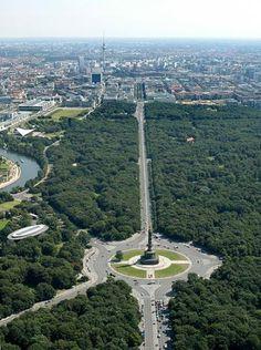ღღ Tiergarten, Berlin, Germany. The 2nd largest urban garden in Germany, covers over 520 acres.