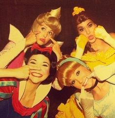 Retro princesses