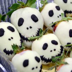 Strawberry skull Aardbeien doodskoppen